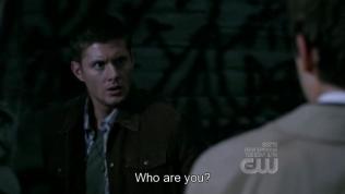 """""""Ngươi là ai?"""" - Dean hỏi. Well, câu nói muôn thuở để bắt đầu một mối tình. Lần đầu tiên Cẩm Sách của ta gặp mặt cũng là câu này a~"""