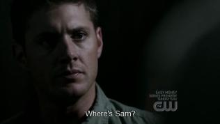 """Lúc này, Cas chỉ cho Dean thấy là Sam đã lén bỏ đi lúc Dean ngủ say. Dean hỏi Cas, """"Sam đâu?"""""""
