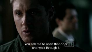 """""""Anh bảo tôi phải mở cánh cửa đó ra và làm việc đó ư?"""""""