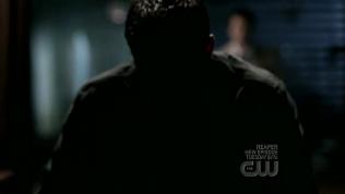 Và Dean đã chấp nhận bước qua cánh cửa đó...