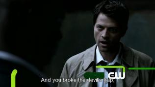 """""""Cậu đã phá vỡ cái bẫy nhốt quỷ đó,"""""""