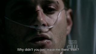 """""""Vậy tại sao anh lại không bỏ mặc tôi ở lại đó?"""""""