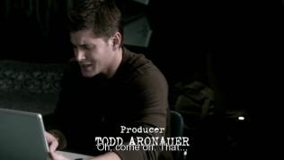 """""""Ôi, thôi nào, cái đó..."""" - Dean nhăn mặt."""