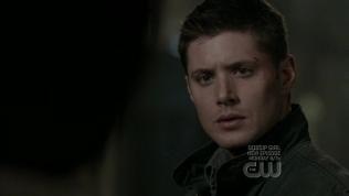 Cas nói rồi biến mất, để lại Dean với sự khó hiểu.