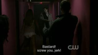 Ẻm ném đồ vô người Cas. Dean giật mình né ra sau.