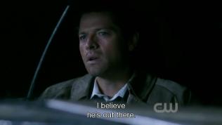 """""""Tôi tin rằng Người vẫn ở ngoài đấy."""" - Cas đáp."""
