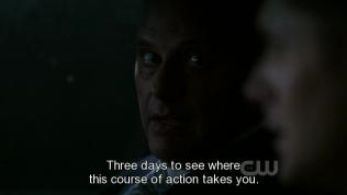 """Và đây là việc làm của Zachariah để cảnh báo Dean phải chấp nhận cho Michael mượn xác, """"Cho cậu ba ngày để cậu thấy nếu cứ từ chối thì hậu quả sẽ ra sao."""""""