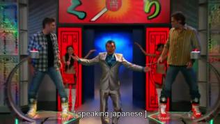 Sau đó hai cậu bị đưa tới một kênh truyền hình khác, xuất hiện trong một gameshow Nhật Bản =)))))