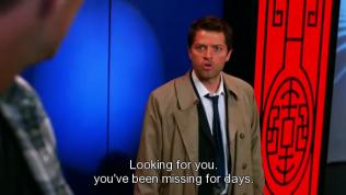 """""""Tìm cậu! Hai cậu đã mất tích mấy ngày rồi."""" - Cas đáp."""