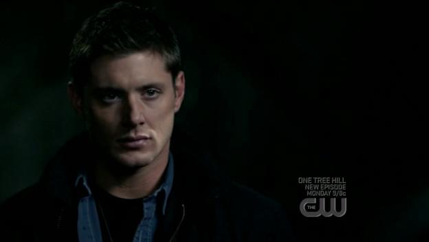 """Mặt của Dean kiểu như """"Chết tiệt, lộ rồi sao"""" =)))"""