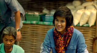 Cái mặt như thế thì... sát gái là đúng rồi =))) hai movie mà có tới 3 cô yêu Kim đấy.