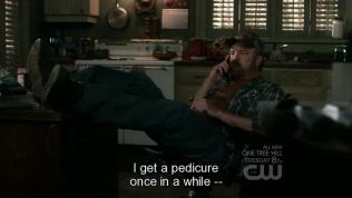 """""""Thỉnh thoảng chú đi làm chân một lần --"""""""