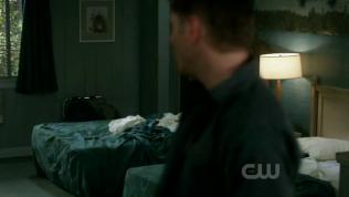 Và khi Dean quay lại thì Cas đã biến mất.