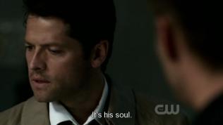 """""""Là linh hồn của cậu ấy."""" Cas nói."""