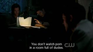 """""""Này, người ta không xem phim con heo trong một cái phòng toàn đàn ông."""" Dean dạy Cas (khụ, nếu trong trường hợp hai người cùng xem thì chắc là nên xem GV =)))"""