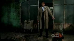 """Cas đã đốt hết cái túi đựng """"xương cốt của Crowley""""."""
