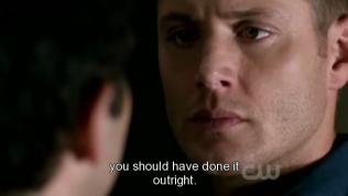 """thì lẽ ra cứ giết thẳng nó cho xong."""" Cas kết thúc câu nói và bỏ đi."""