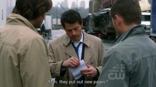 Nhưng hóa ra đó không phải Cas, mà là Misha =)))) (đương nhiên, cũng chỉ là Misha của một thế giới khác chứ không phải thế giới của chúng ta =)))