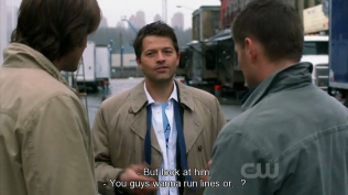 Misha tưởng rằng hai người này muốn luyện qua kịch bản =))