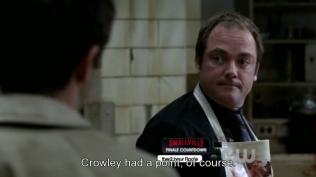"""Cas thầm nghĩ, """"Crowley nói đúng."""""""
