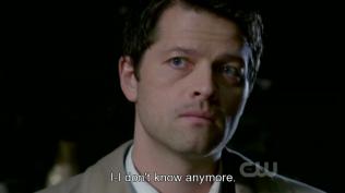 """""""Tôi - Tôi không biết nữa."""" TT ^ TT"""