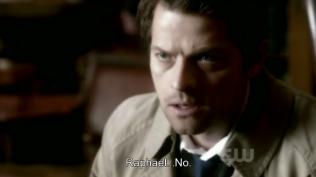 """""""Raphael... Không."""" Cas dứt khoát phản đối."""