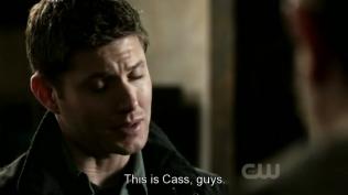 """""""Đây là Cas mà, hai người."""" Dean cố gắng thuyết phục vì Cas."""