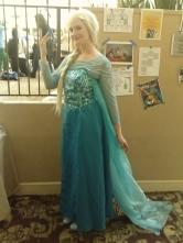 Frozen ~ tui đã biết năm nay sẽ có rất nhiều người cos Elsa mà =))